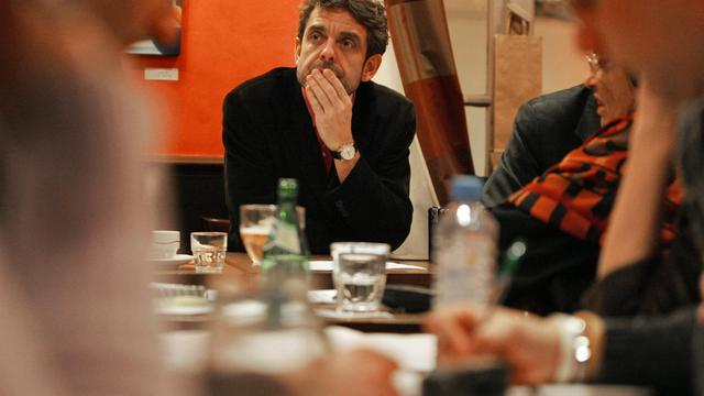 """L'animateur de l'émission """"Des mots de minuit"""", Philippe Lefait, le 14 décembre 2005 à Paris [Olivier Laban-Mattei / AFP/Archives]"""