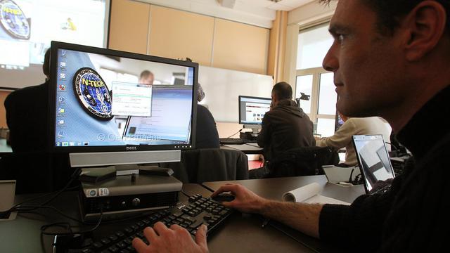 Plus de 10 millions de Français ont été victimes de la cybercriminalité au cours de l'année 2011, pour une facture totale estimée à 2,5 milliards d'euros, en hausse de 38% sur un an, selon le rapport annuel de la société de sécurité informatique Symantec publié mercredi.[AFP]