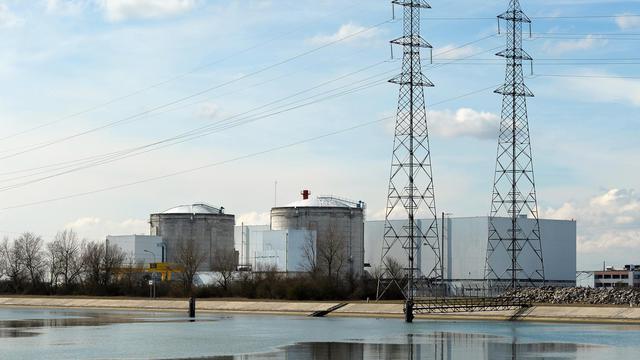 La transition énergétique vers une économie moins dépendante du pétrole et du nucléaire reste un chantier à peine défriché par le gouvernement, des sujets cruciaux comme les économies d'énergie ayant été jusqu'ici éclipsés par les polémiques, comme celle sur le gaz de schiste. [AFP]