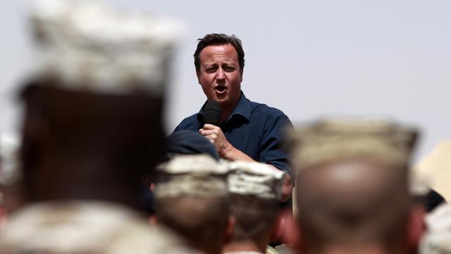 Le Premier ministre britannique David Cameron sur la base militaire de Camp Bastion en Afghanistan, le 4 juillet 2011 [Lefteris Pitarakis / Pool/AFP/Archives]