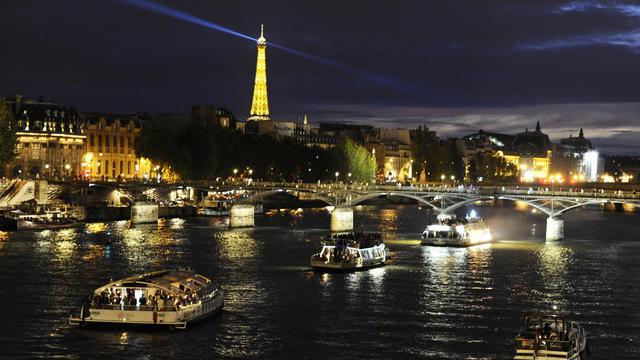 Des péniches sur la Seine, à Paris [Miguel Medina / AFP/Archives]
