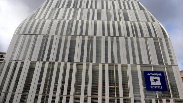 Le siège de la Banque Postale à Paris [Eric Piermont / AFP/Archives]