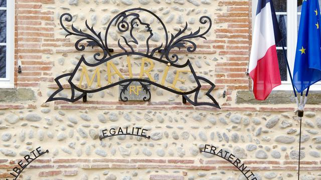 La façade d'une mairie en France [Pascal Pavani / AFP/Archives]