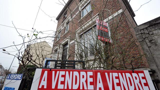 Un immeuble à vendre, dans le nord de la France, en 2012 [Philippe Huguen / AFP/Archives]