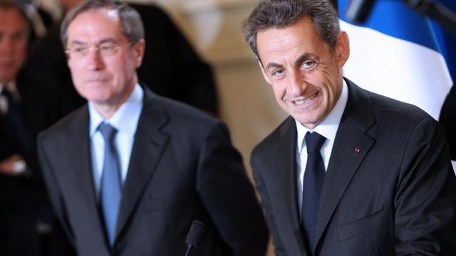 Nicolas Sarkozy (droite) et Claude Guéant, le 13 avril 2012 à Ajaccio, en Corse [Pascal Pochard-Casabianca / AFP/Archives]