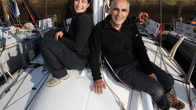 Louis Maurice Tannyères et sa fille, le 21 avril 2012 à Concarneau [Fred Tanneau / AFP/Archives]