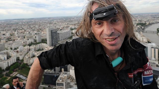 Alain Robert, le 10 mai 2012 à La Défense [Franck Fife / AFP/Archives]