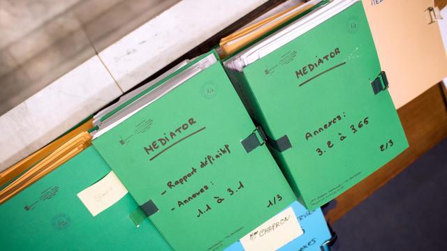 Le dossier du Mediator au tribunal de Nanterre [Martin Bureau / AFP/Archives]
