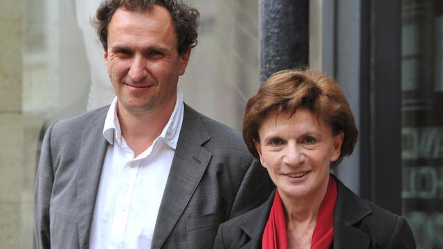 Le député PS de Gironde Vincent Feltesse (g) et la ministre Michèle Delaunay, le 18 mai 2012 à Bordeaux [Pierre Andrieu / AFP/Archives]