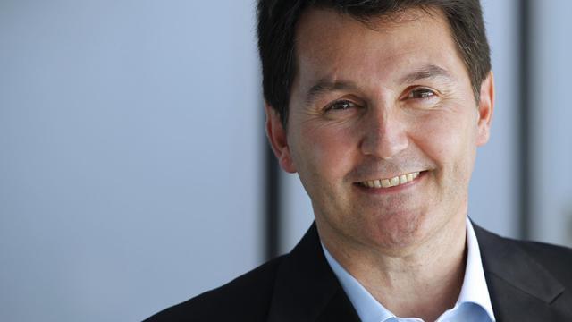 Olivier Roussat, directeur général de Bouygues Telecom, le 24 mai 2012 à Issy-les-Moulineaux, près de Paris [Thomas Samson / AFP]