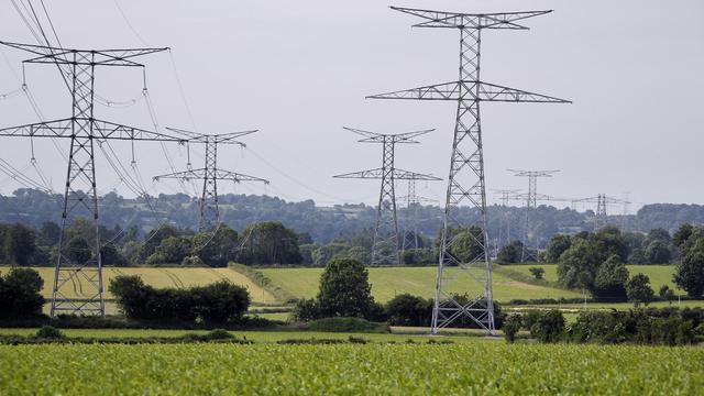 Les besoins en électricité de la France seront couverts sans difficulté jusqu'en 2015, mais la situation deviendra ensuite plus tendue, du fait de l'arrêt attendu de nombreuses centrales au fioul ou au charbon et des réacteurs nucléaires de Fessenheim, a prévenu mercredi RTE.[AFP]