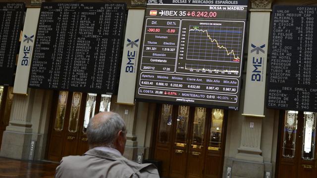 La zone euro pourrait exiger de l'Espagne, en échange d'un sauvetage global de son économie, un calendrier précis de mesures se fondant sur des recommandations déjà faites par Bruxelles, a indiqué mardi une source européenne au fait des discussions. [AFP]