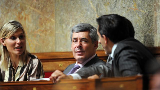 Henri Guaino (UMP) a écarté jeudi les questions sur une de ses proches, Charlotte Soula, nommée directrice de cabinet de Marine Le Pen, assurant qu'il s'agissait du domaine privé et qu'elle restait son amie. [AFP]