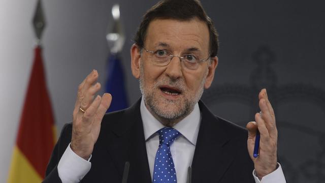 Le chef du gouvernement espagnol Mariano Rajoy a réaffirmé lundi qu'il n'avait toujours pas décidé s'il allait demander ou non un sauvetage financier pour son pays, assurant que, s'il le fait, il refusera qu'on lui dicte les coupes budgétaires à mener. [AFP]