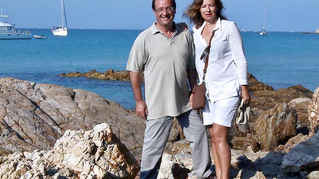 L'hebdomadaire VSD a été condamné mardi par le tribunal de grande instance de Paris à verser 2.000 euros à Valérie Trierweiler pour avoir publié des photos du couple présidentiel en maillot de bain cet été à Brégançon, a-t-on appris auprès des deux parties.[AFP]