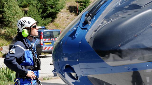 Un lieutenant du peloton de gendarmerie de haute montagne (PGHM) de Chamonix le 22 août 2012 à Modane [Jean-Pierre Clatot / AFP/Archives]