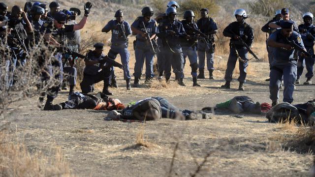 La police ouvre le feu sur des mineurs, le 16 août à Marikana. [- / AFP/Archives]