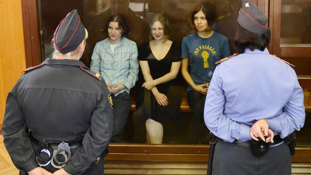 Les Pussy Riot lors de leur procès le 17 août à Moscou [Natalia Kolesnikova / AFP/Archives]