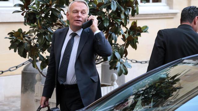 Jean-Marc Ayrault débarque lundi à Marseille pour s'immerger dans cette ville frappée par les règlements de comptes et les inégalités sociales, un séjour de deux journées ponctuées de visites et rencontres avec les acteurs locaux. [AFP]