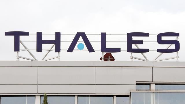 """Les groupes Orange et Thales ont dévoilé jeudi le nom de leur co-entreprise dédiée à l'informatique """"en nuage"""", Cloudwatt, 48h après le lancement commercial de l'offre concurrente portée par Bull et SFR afin de stocker en France les données informatiques sensibles nationales. [AFP]"""