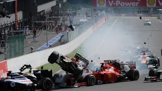 Le Finlandais Kimi Räikkönen, équipier de Romain Grosjean au sein de l'écurie Lotus F1, n'a pas souhaité s'exprimer mardi sur l'accident provoqué par le Français au Grand Prix de Belgique dimanche et qui vaudra à ce dernier d'être suspendu ce week-end pour le GP d'Italie.[AFP]