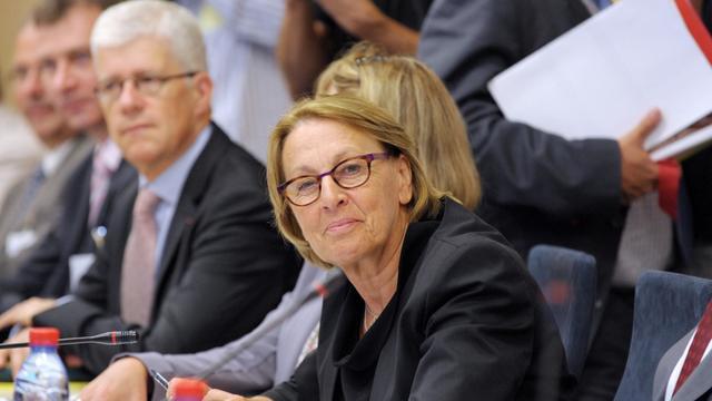 Mission délicate pour la ministre de la Fonction publique Marylise Lebranchu, qui devait présenter mardi aux syndicats sa feuille de route pour les mois à venir, dans un contexte budgétaire plus qu'étriqué pour les 5,3 millions d'agents.[AFP]