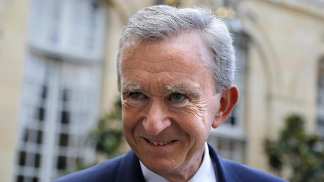 Le patron de l'empire du luxe LVMH, Bernard Arnault, première fortune de France et d'Europe et quatrième fortune mondiale, a entamé des démarches pour obtenir la nationalité belge, rapporte samedi le quotidien La Libre Belgique. [AFP]