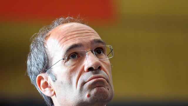 L'ancien ministre et trésorier de l'UMP Eric Woerth a été entendu mercredi après-midi pendant plusieurs heures par un des juges bordelais en charge de l'affaire Bettencourt, Jean-Michel Gentil, a-t-on appris mercredi soir de source proche du dossier.[AFP]