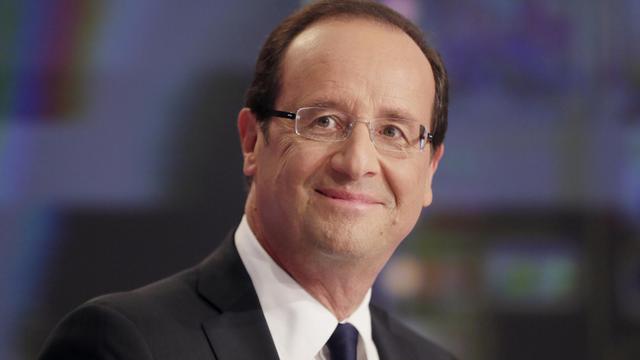 François Hollande a annoncé dimanche 20 milliards d'euros de nouvelles hausses d'impôts l'an prochain, moitié pour les ménages et moitié pour les entreprises, soit un effort historique pour réduire le déficit public à 3% du PIB malgré une croissance en berne. [POOL]