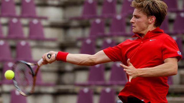 Le Belge David Goffin contre la Suède en barrage maintien/accession dans le Groupe mondial de Coupe Davis le 16 septembre 2012 à Bruxelles [Virginie Lefour / AFP]