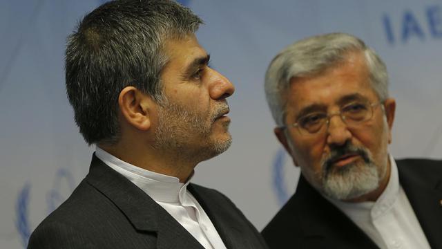 Les Iraniens Fereydoon Abbasi Davani et Ali Asghar Soltanieh le 17 septembre 2012 à Vienne [Alexander Klein / AFP/Archives]