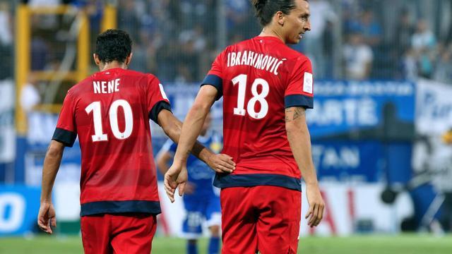 Les Parisiens Nene et Ibrahimovic lors de Ligue 1 d'un match à Bastia, le 22 septembre 2012. [Pascal Pochard Casabianca / AFP/Archives]