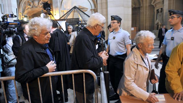 Arrivée des victimes le 24 septembre 2012 au palais de justice de Paris [Mehdi Fedouach / AFP]