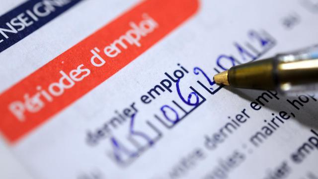 Formulaire d'inscription à Pôle emploi [Fred Tanneau / AFP/Archives]