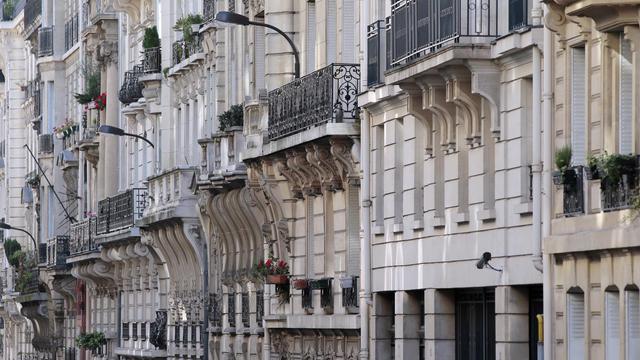 Des immeubles du huitième arrondissement à Paris [Jacques Demarthon / AFP/Archives]