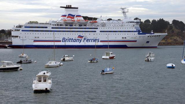 Le ferry Bretagne de la compagnie Brittany Ferries, le 1er octobre 2012 à Saint-Malo [Damien Meyer / AFP]