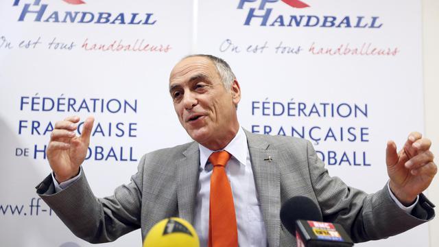 Le président de la fédération française de handball Joël Delplanque, en conférence de presse le 2 octobre 2012 à Paris [Kenzo Tribouillard / AFP]