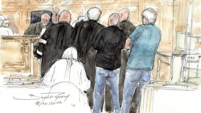 Croquis d'audience du 18 octobre 2012 montrant les avocats d'Ivan Colonna à Paris [Benoit Peyrucq / AFP/Archives]