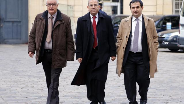 Abdallah Zekri (g), président de l'Observatoire contre l'islamophobie au sein du CFCM, et Mohammed Moussaoui, président du CFCM (c), le 8 novembre 2012 à Paris [Pierre Verdy / AFP/Archives]