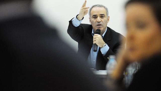L'opposant à Vladimir Poutine et champion d'échecs Garry Kasparov s'exprime le 24 novembre 2012 à Moscou [Andrey Smirnov / AFP/Archives]