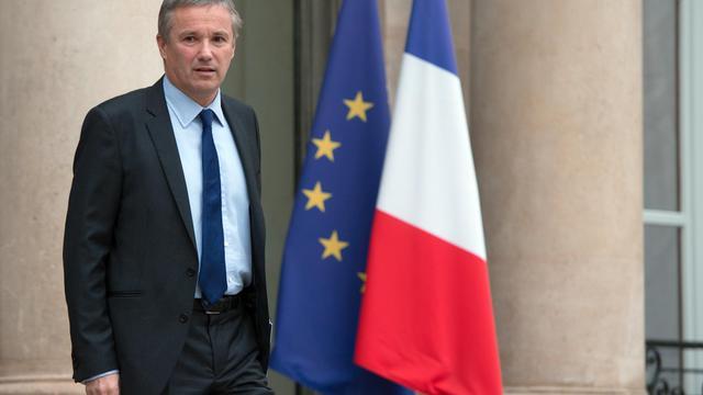 Le leader de Debout la République, Nicolas Dupont-Aignan, quitte l'Elysée, le 7 décembre 2012 à Paris [Bertrand Langlois / AFP/Archives]