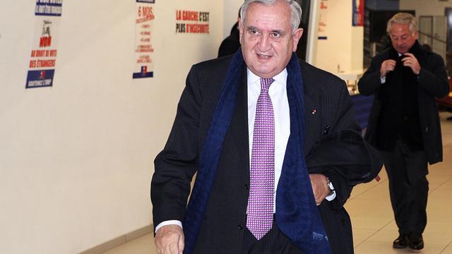 Le sénateur de la Vienne et ex-premier ministre, Jean-Pierre Raffarin, à Paris, le 19 décembre 2012 [Edouard de Mareschal / AFP/Archives]