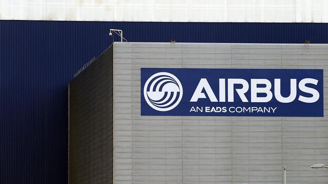 Le logo d'Airbus sur le siège de l'entreprise à Toulouse [Remy Gabalda / AFP/Archives]