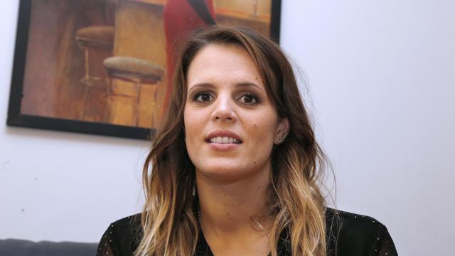 La nageuse Laure Manaudou lors d'une interview avec des journalistes, le 30 janvier 2013 [Francois Guillot / AFP/Archives]
