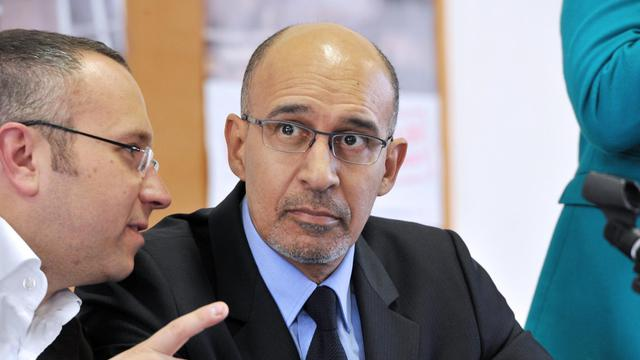 Le premier secrétaire du parti socialiste, Harlem Désir (d) le 5 avril 2013 à Limoges [Pascal Lachenaud / AFP/Archives]