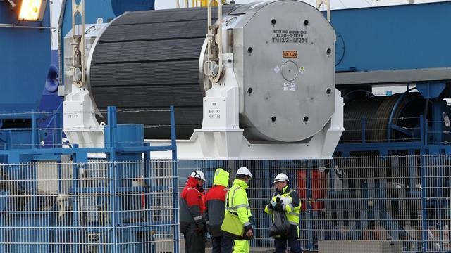 Un conteneur de combustible nucléaire MOX, le 17 avril 2013 sur le port de Cherbourg [Charly Triballeau / AFP/Archives]