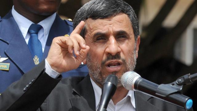 L'ex président iranien Mahmoud Ahmadinejad le 17 avril 2013 à Accra [Pius Utomi Ekpei / AFP/Archives]