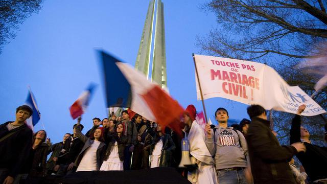 Des manifestants anti-mariage homosexuel défilent à Nantes, le 18 avril 2013 [Jean-Sebastien Evrard / AFP/Archives]