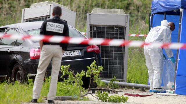 Des policiers en Corse en avril 2013 [Pascal Pochard Casabianca / AFP/Archives]