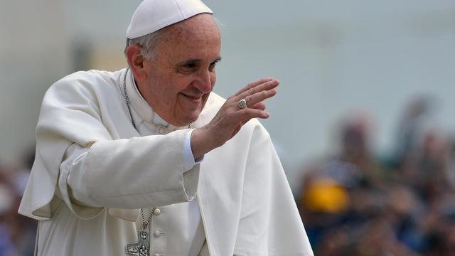 Le pape François, le 15 mai place Saint-Pierre au Vatican [Vincenzo Pinto / AFP]
